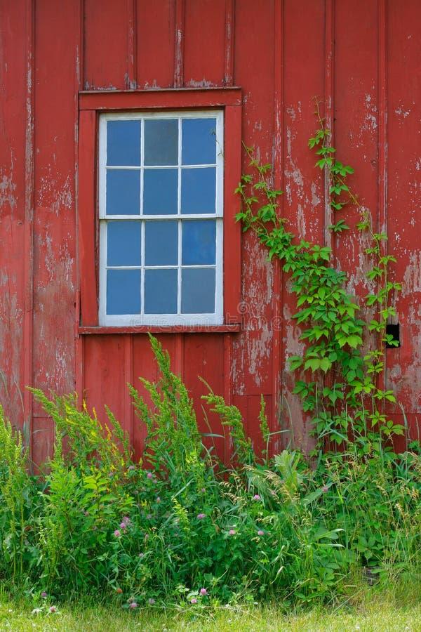 w domu barda okno stary obraz stock