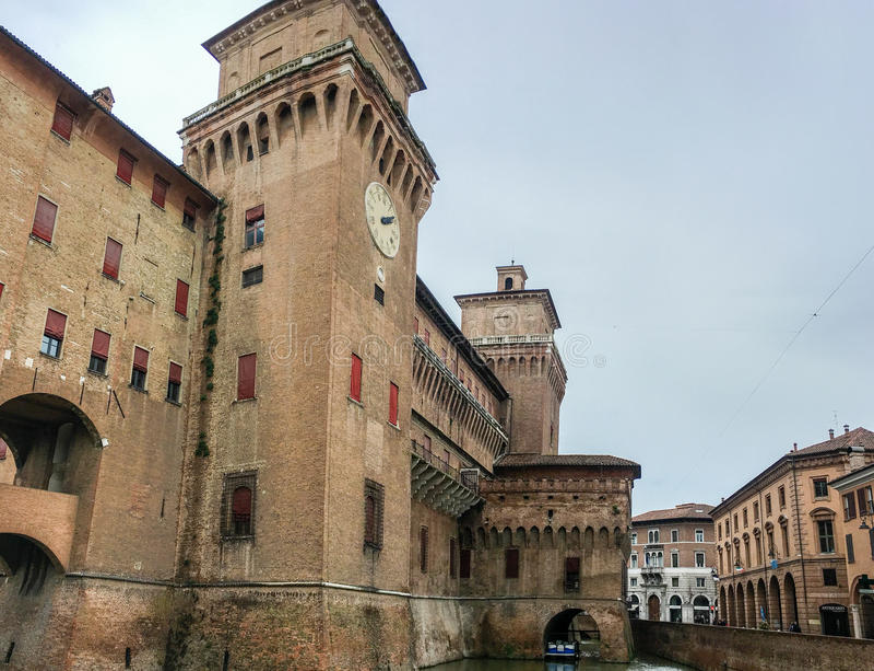 W Ferrara Estense kasztel, Włochy fotografia stock