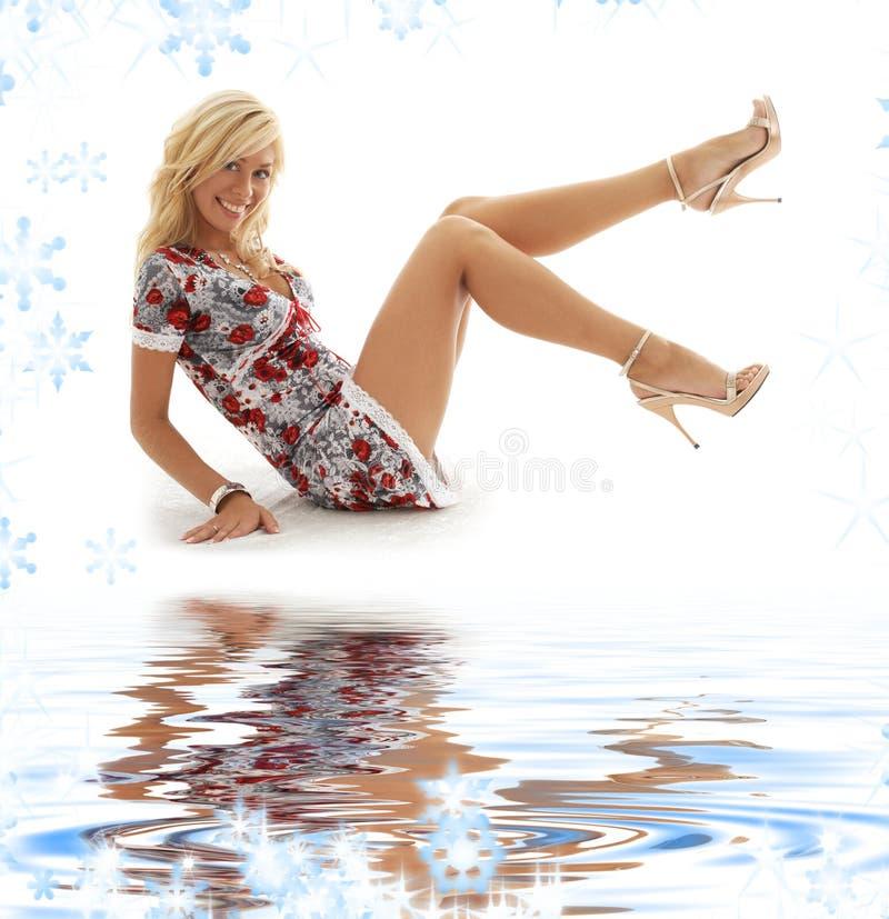 w górę biel blondynka piasek klasyczny wałkowy zdjęcie royalty free