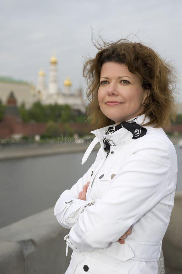 w górę kobiety Kremlin zamknięty rosjanin Moscow fotografia royalty free