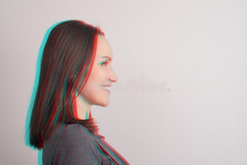 W górę młodej dziewczyny w profilu, anaglifu skutek, usterka obrazy stock