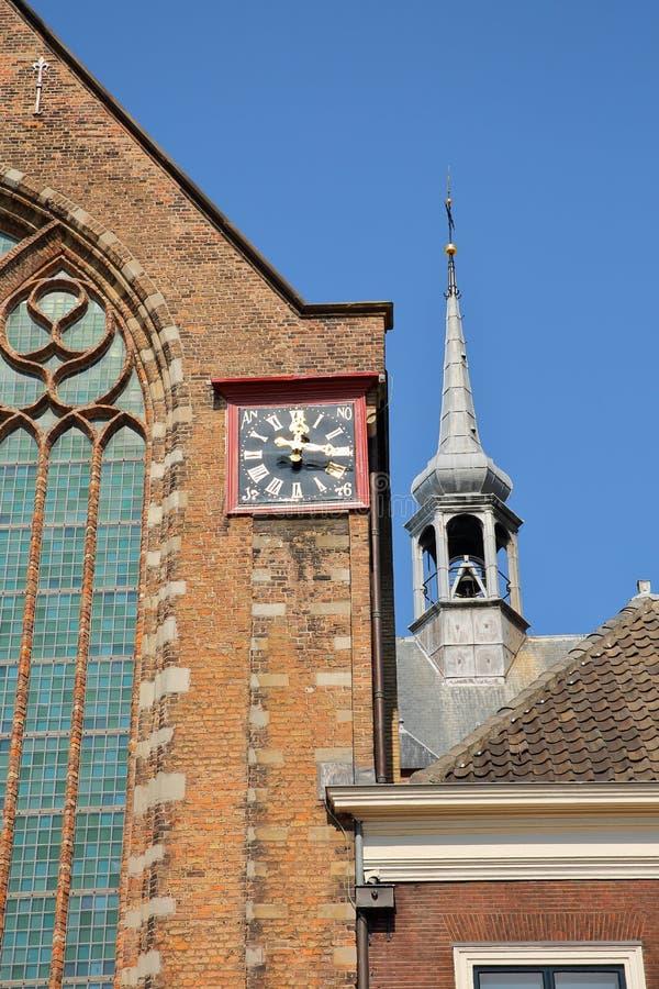 W górę zewnętrznie fasady Kloosterkerk kościół chrześcijański na, lokalizować na Lange Voorhout obraz royalty free