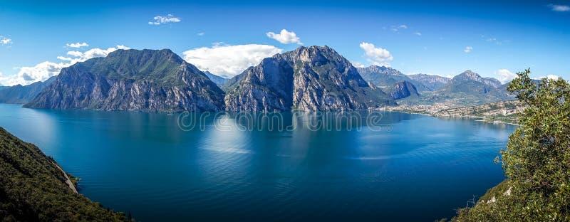 W górach przy jeziornym gardą 3 fotografia royalty free