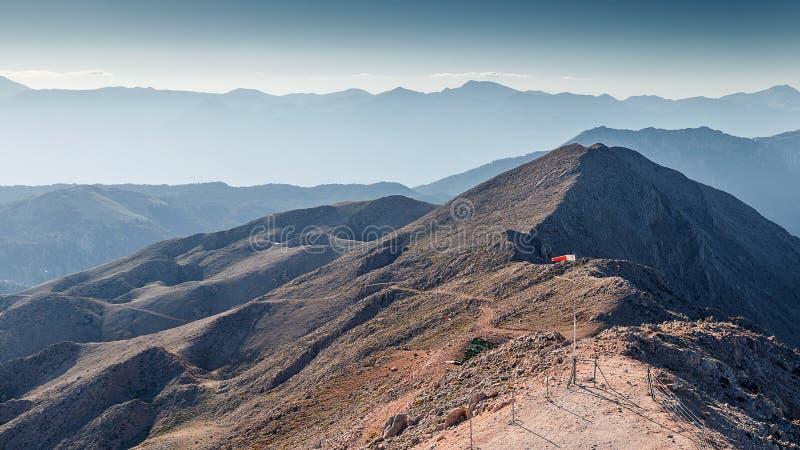 W g?rach pi?kny krajobraz Uroczy widok Taurus góry z wierzchu góry Tahtali zdjęcia stock