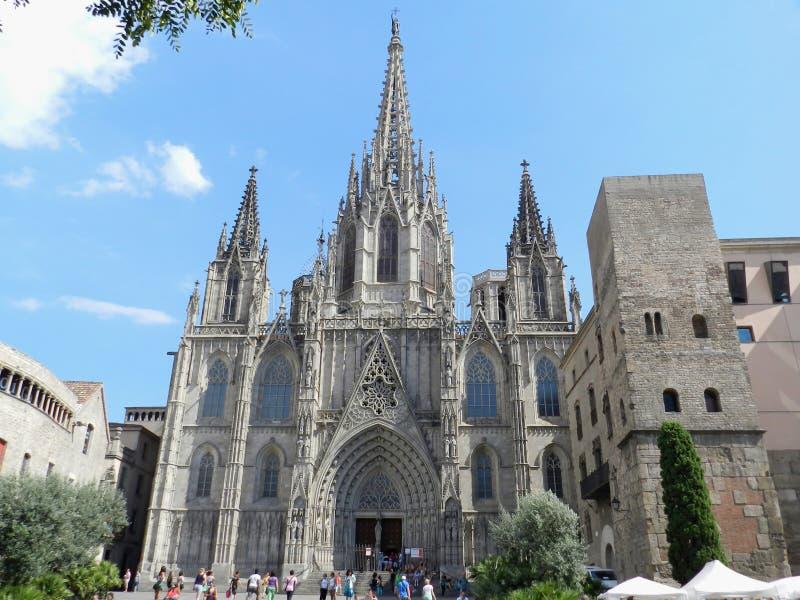 w Hiszpanii Katedra, gothic fasada z turystami zdjęcia royalty free