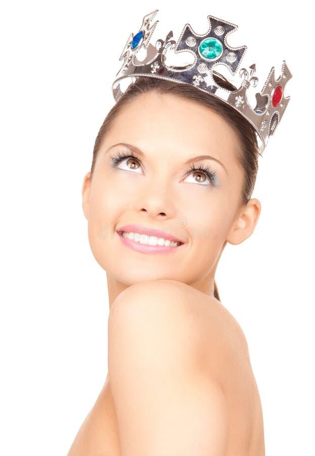 W koronie urocza kobieta fotografia royalty free