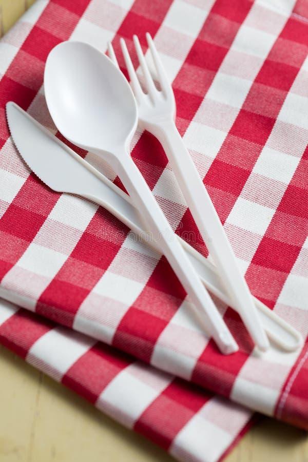 w kratkę cutlery klingerytu tablecloth zdjęcia royalty free