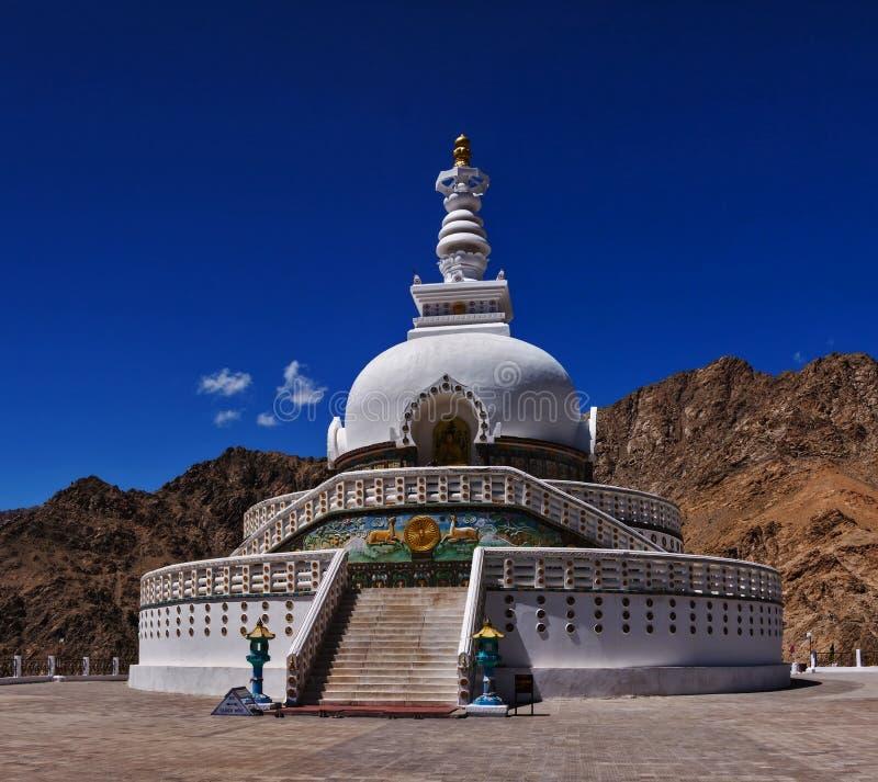 W Leh Shanti Stupa obraz stock