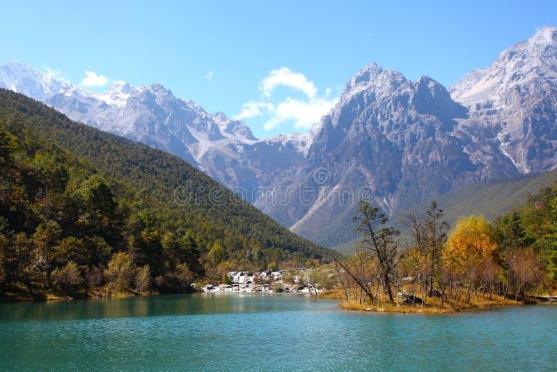 W Lijiang góra krajobraz, Chiny. obraz stock