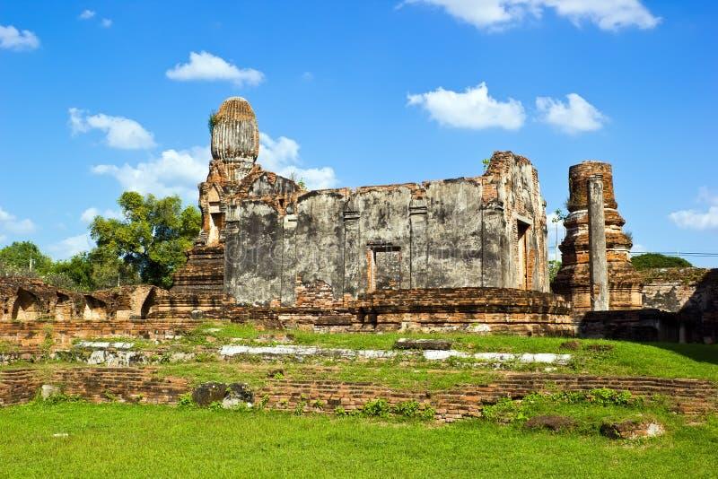 W Lopburi antyczny monaster obraz royalty free