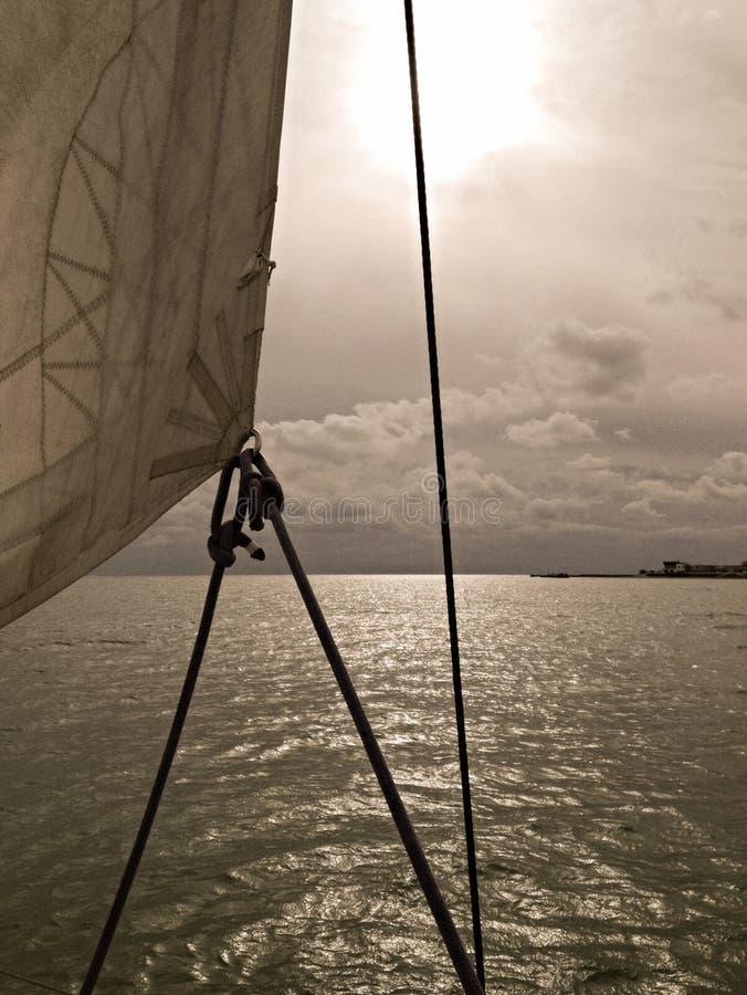 W morzu w kierunku złej pogody, fotografia royalty free