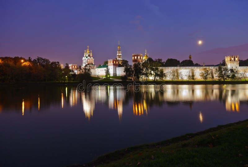 W Moskwa Novodevichiy klasztor Rosja obraz royalty free