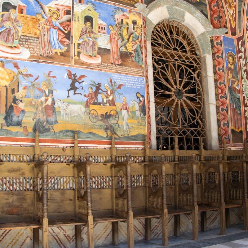 W?nde einer Kirche im Rila-Kloster, Bulgarien Religi?se Freskos auf den Bibelabhandlungen, Malereien auf der Wand stockfoto