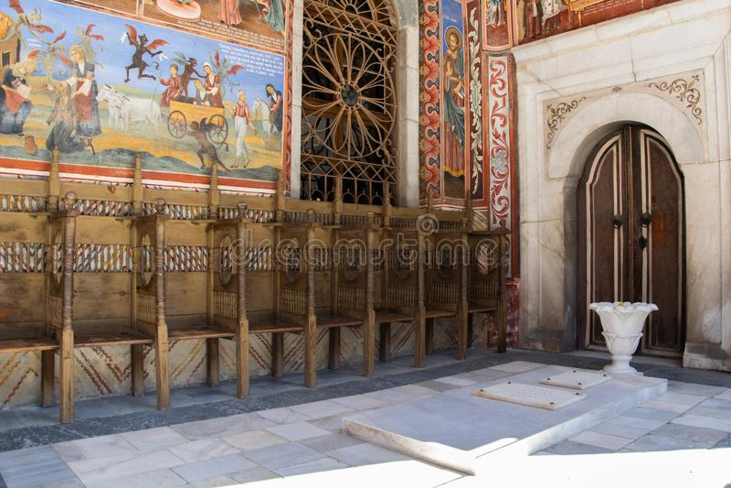 W?nde einer Kirche im Rila-Kloster, Bulgarien Religi?se Freskos auf den Bibelabhandlungen, Malereien auf der Wand lizenzfreie stockbilder
