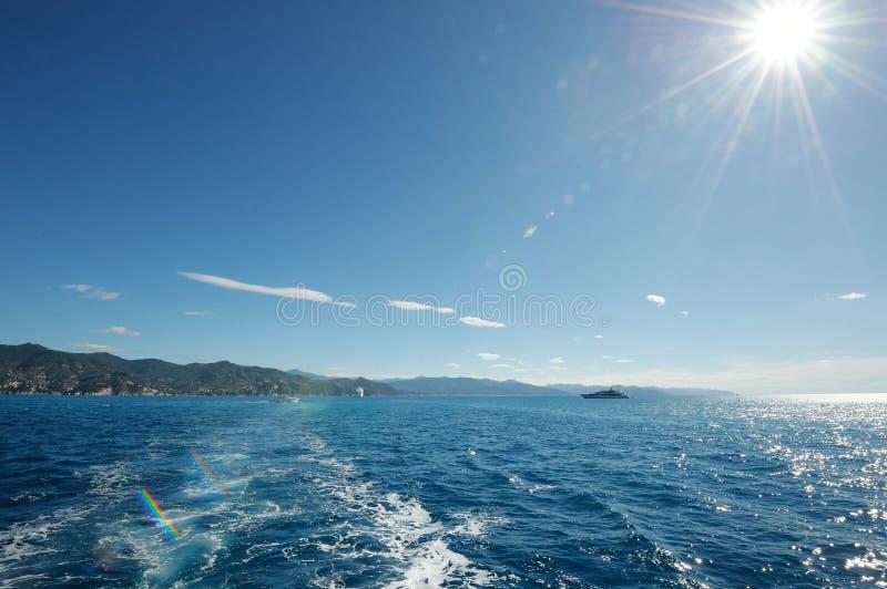 Download Włoski seascape zdjęcie stock. Obraz złożonej z chmura - 28972494