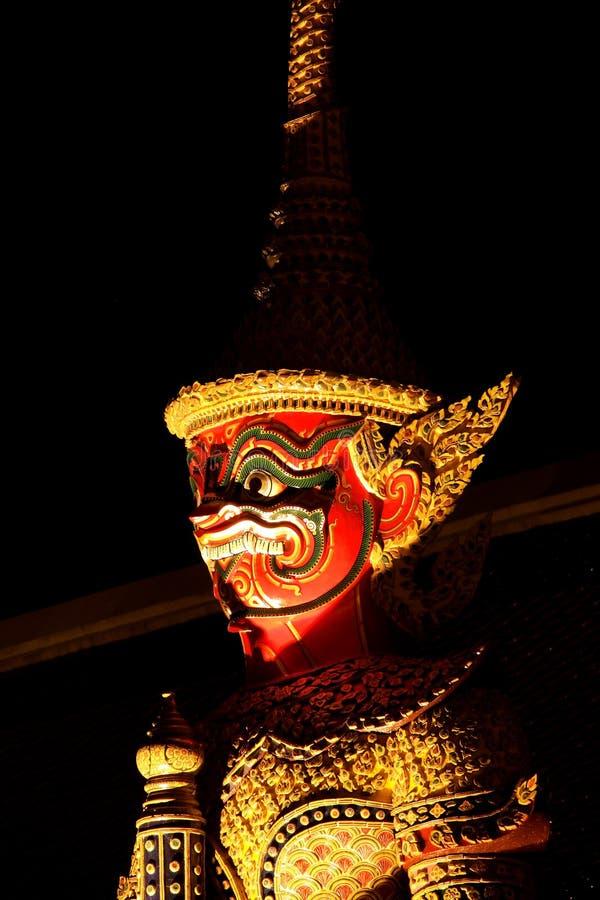 W pałac królewski gigantyczna rzeźba, Thaila zdjęcia royalty free