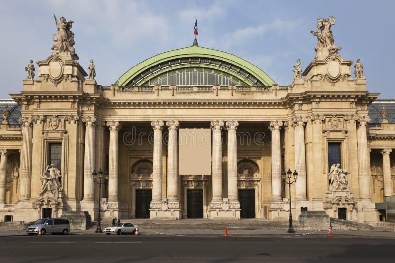 W Paryż uroczysty Palais. fotografia stock