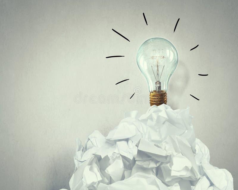 W poszukiwaniu dobrego pomysłu Mieszani środki obraz stock