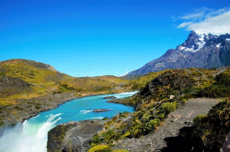 W-voyage de parc national de Torres del Paine photographie stock libre de droits