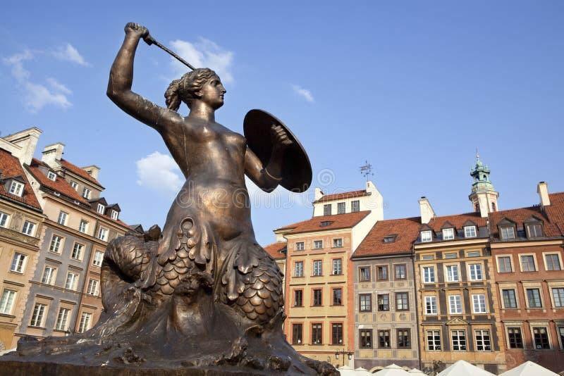 W Warszawskim oldtown syrenki statua, Polska zdjęcie royalty free