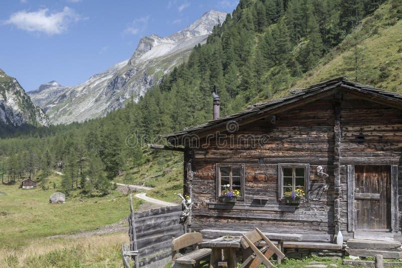 W Wschodnim Tyrol halna buda fotografia stock