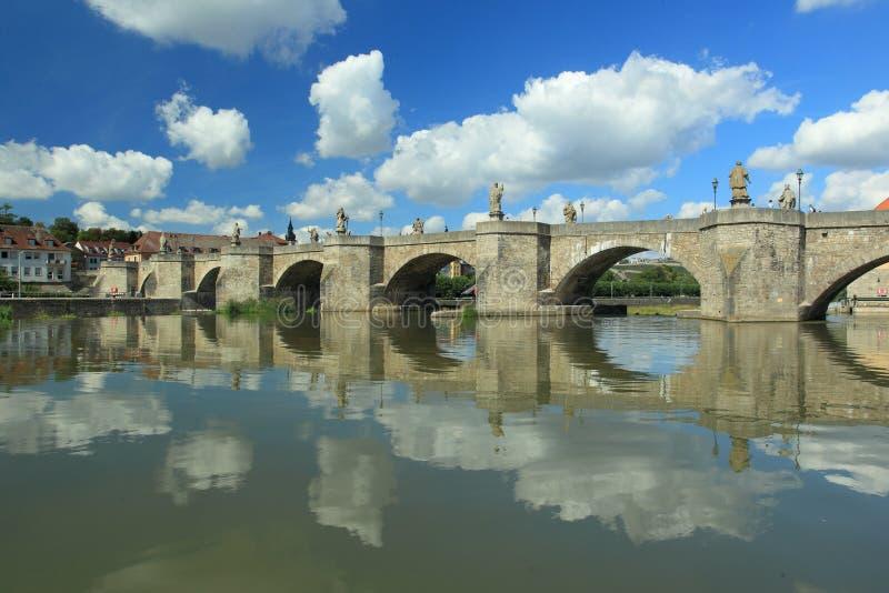 W Wurzburg magistrala stary most zdjęcie stock