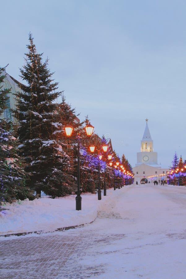 W zima wieczór na Sheinkman ulicie kazan Russia obraz royalty free