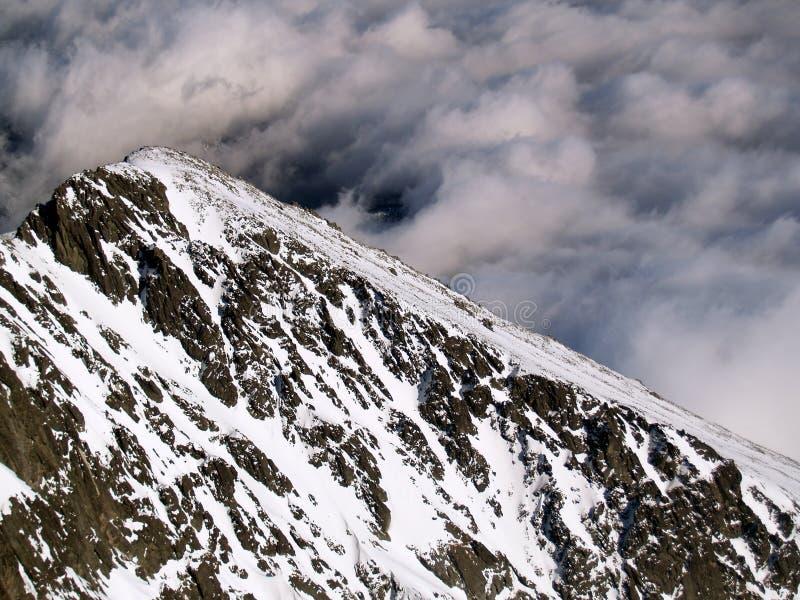 W zima wysokie Tatrzańskie góry zdjęcie royalty free