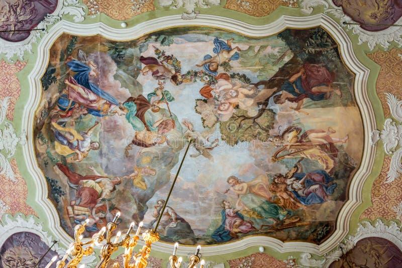 Wałbrzyskie Polska - 8 września 2019 r.: Spraw wewnętrznych w zamku Ksiaz obrazy royalty free