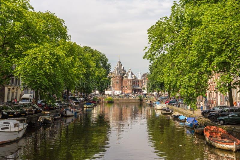 Waag (weeg huis) in Amsterdam royalty-vrije stock fotografie