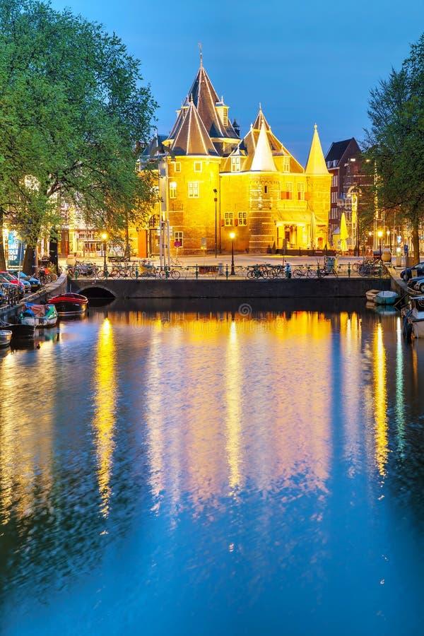 Waag (weeg huis) in Amsterdam royalty-vrije stock foto's