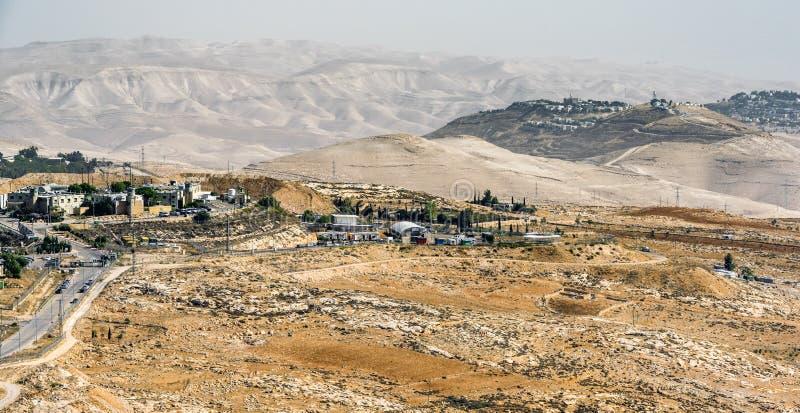 Waar de woestijn samenkomt met de stad Jeruzalem, Israël royalty-vrije stock foto