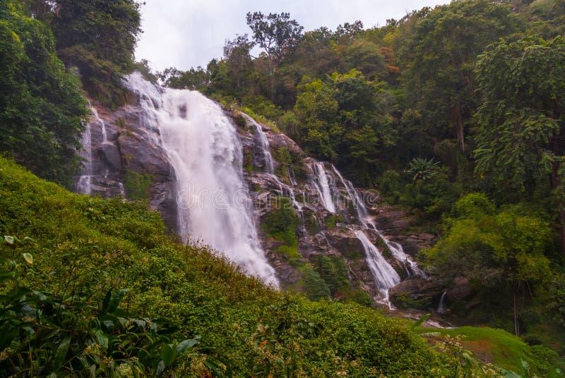 Wachirathan瀑布,泰国 免版税库存照片