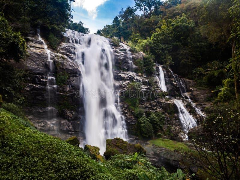 Wachirathan vattenfall royaltyfri foto
