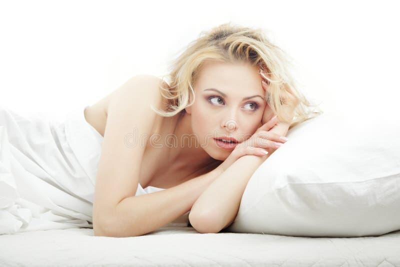 Wachsamkeit im Schlafzimmer lizenzfreies stockfoto