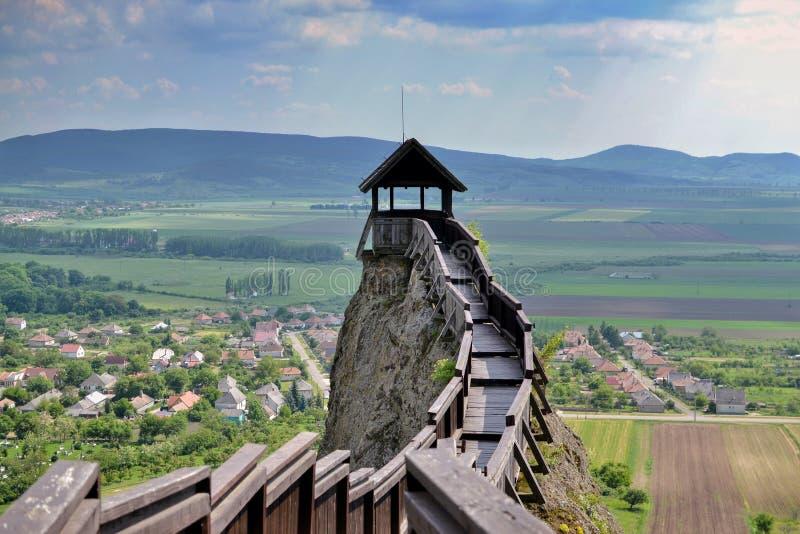 Wachturm an Boldogko-Schloss in Ungarn lizenzfreies stockfoto