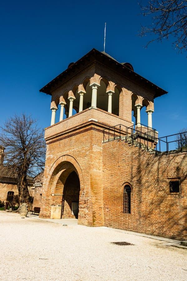 Wachturm im Mogosoaia Palace in der Nähe von Bukarest, Rumänien lizenzfreies stockbild