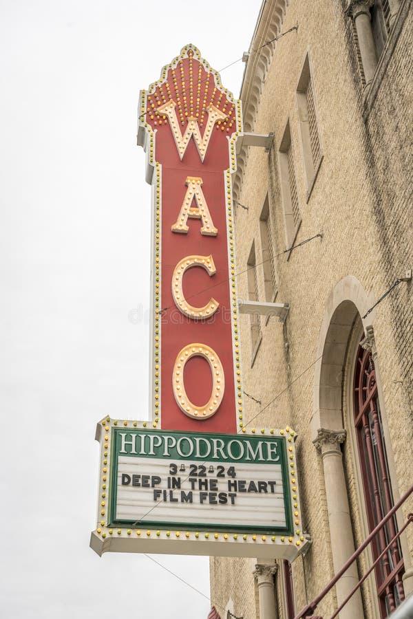 Waco-Kino mit Zeichen, Stoppen Sie, unterzeichnen Sie stockfoto