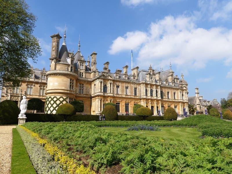 Waddesdonmanor een buitenhuis en tuinen tussen 1874 en 1889 voor Baron Ferdinand de Rothschild wordt gebouwd dat royalty-vrije stock foto's