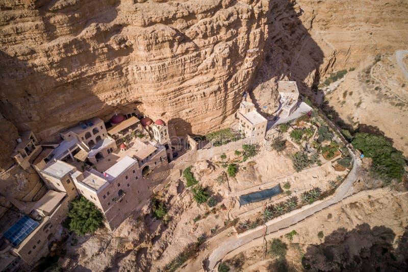 Wadi Qelt in Judean-Wüste um St. George Orthodox Monastery lizenzfreie stockfotografie