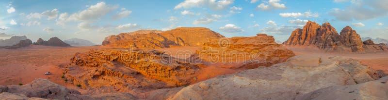 Wadi Rum öken, Jordanien royaltyfri bild