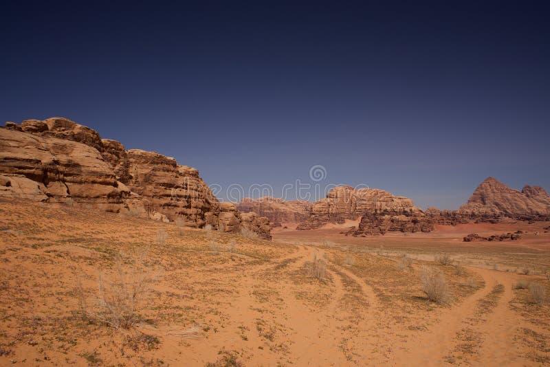 Wadiego Jordania Rumowej pustyni ekstra szeroka panorama obrazy royalty free