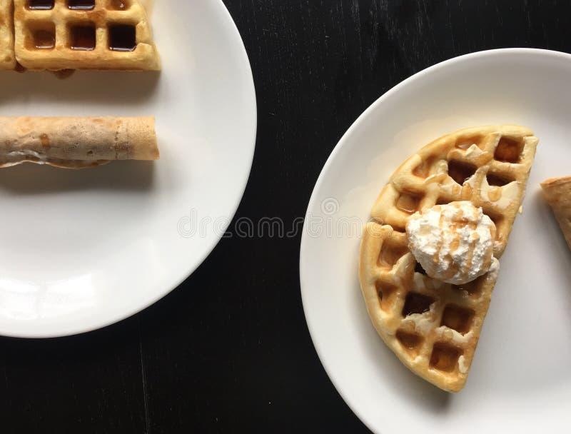 Waffles da refeição matinal fotografia de stock royalty free