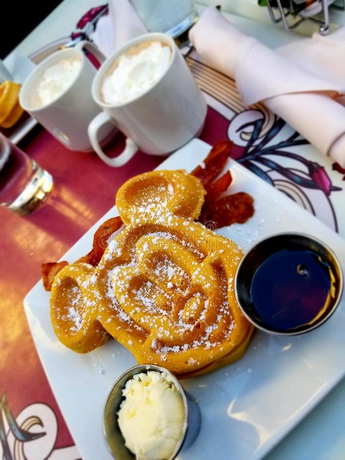 Waffles Mickey стоковые фото