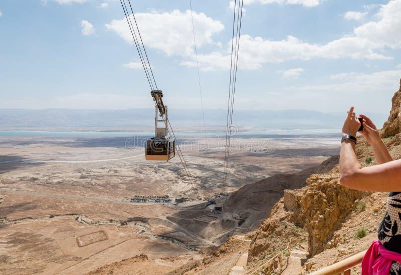 Wagon kolei linowej do masada w Israel zdjęcia stock