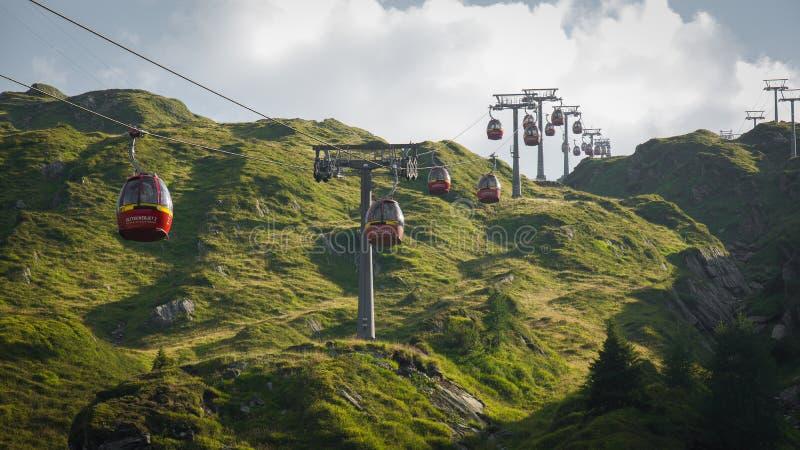 Wagon kolei linowej w Alps Austria Kaprun fotografia stock