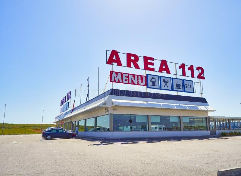 Wagon-restaurant d'une station service sur une autoroute européenne photos libres de droits