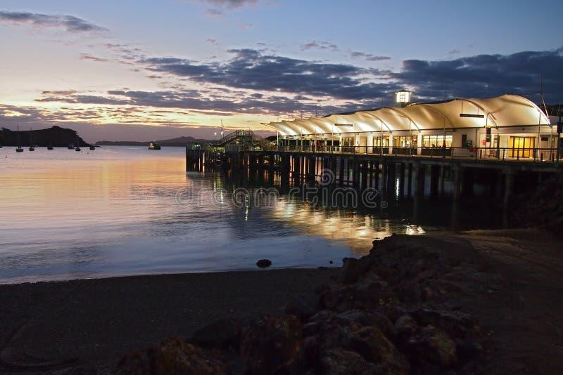 Waiheke Insel-Fähre-Terminal lizenzfreie stockbilder