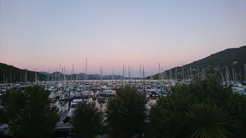 Waikawa小游艇船坞 免版税图库摄影
