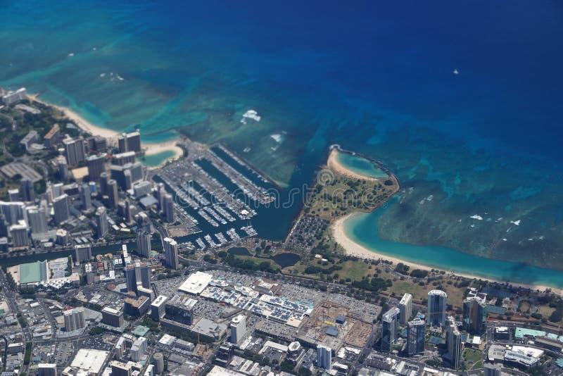 Waikiki, Ala Wai Canal, Ala Moana Wandelgalerij, Park en Oceaan royalty-vrije stock afbeelding